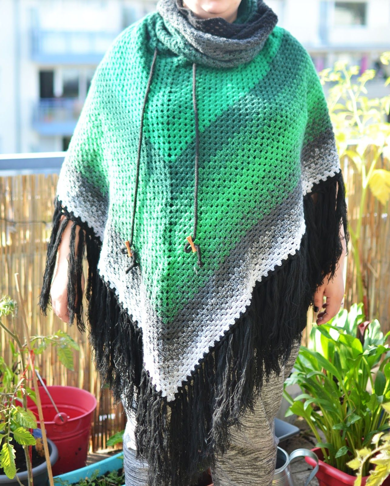 Julekind Anleitung Granny Poncho Mit Kapuzenschal Häkeln Crochet