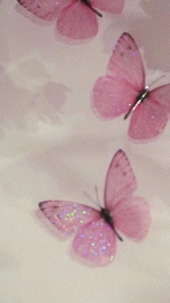 Pin By Chloe Canada On B A C K G R O U N D S In 2020 Butterfly Wallpaper Iphone Aesthetic Iphone Wallpaper Butterfly Wallpaper