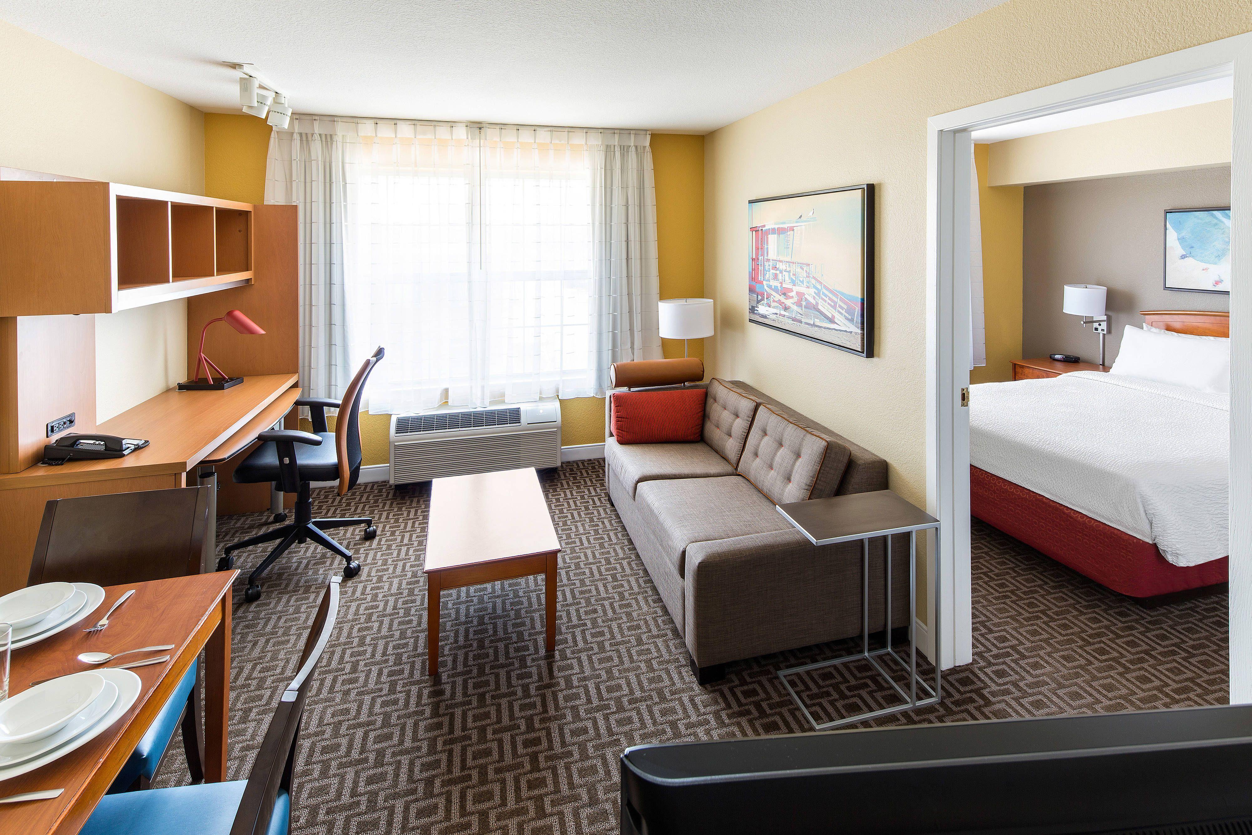 Towneplace Suites Los Angeles Lax Manhattan Beach One Bedroom Suite Memorable Enjoy Guestroom Home Suites Bedroom Suite