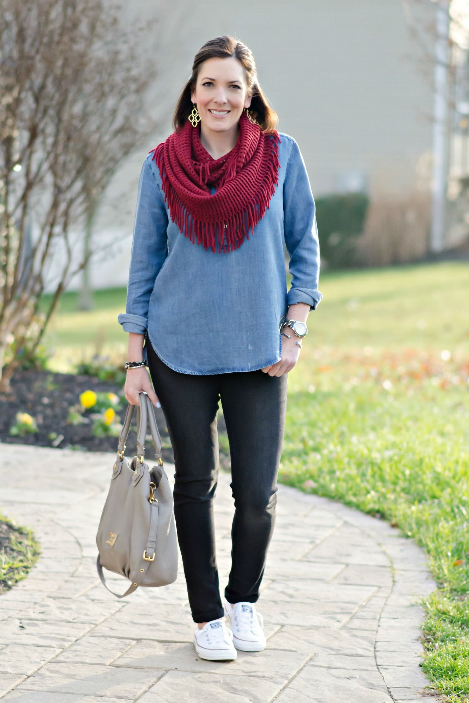 bc7c63b0945a5f Chambray Tunic with Black Jeans