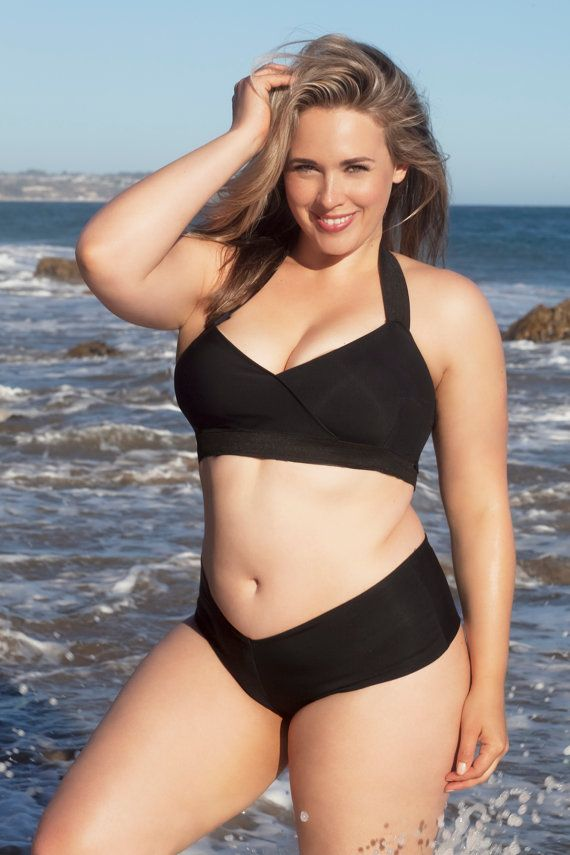 309d836a Plus size Bandage swimsuit/ bathing suit two piece bathing suit by  LILYSHdesign Plus Size Bikini. Gå til
