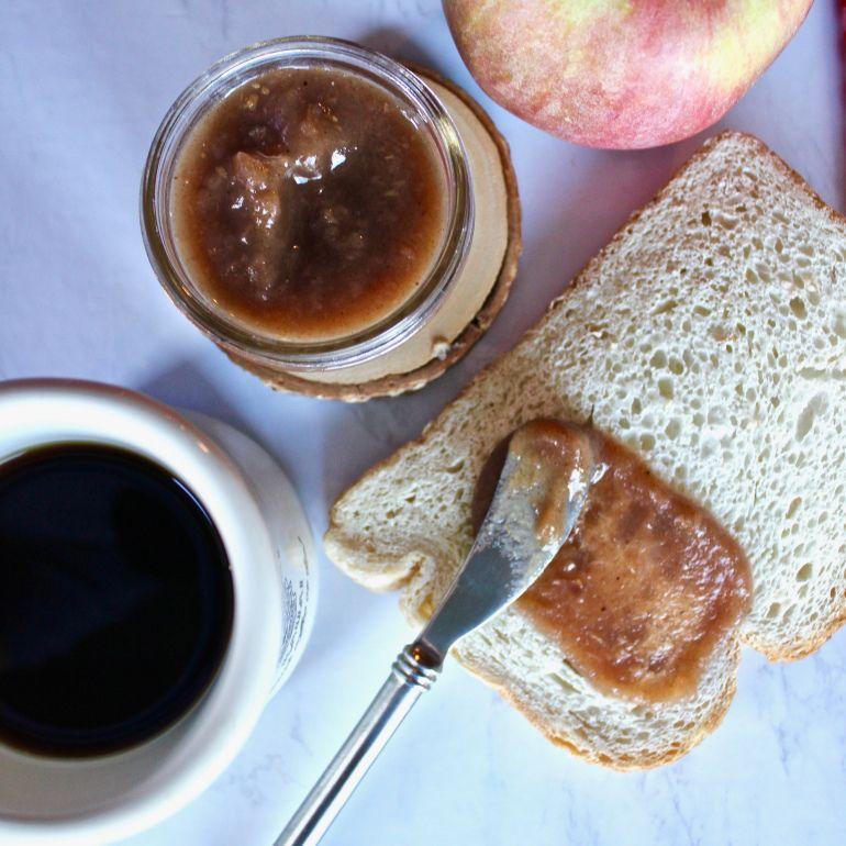 Instant Pot Apple Butter Apple butter, Yummy snacks, Food