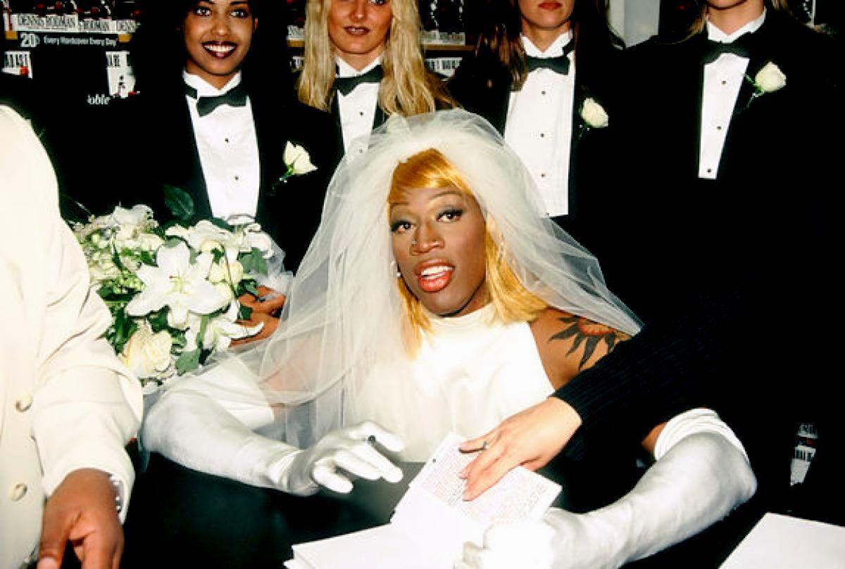 Image Result For Dennis Rodman Wedding Wedding Dresses Wedding Dress Gallery Traditional Mexican Wedding Dress
