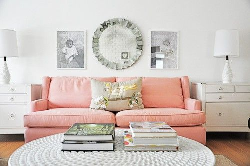 Pink couch Home Love Pinterest Pink couch, Apartments and