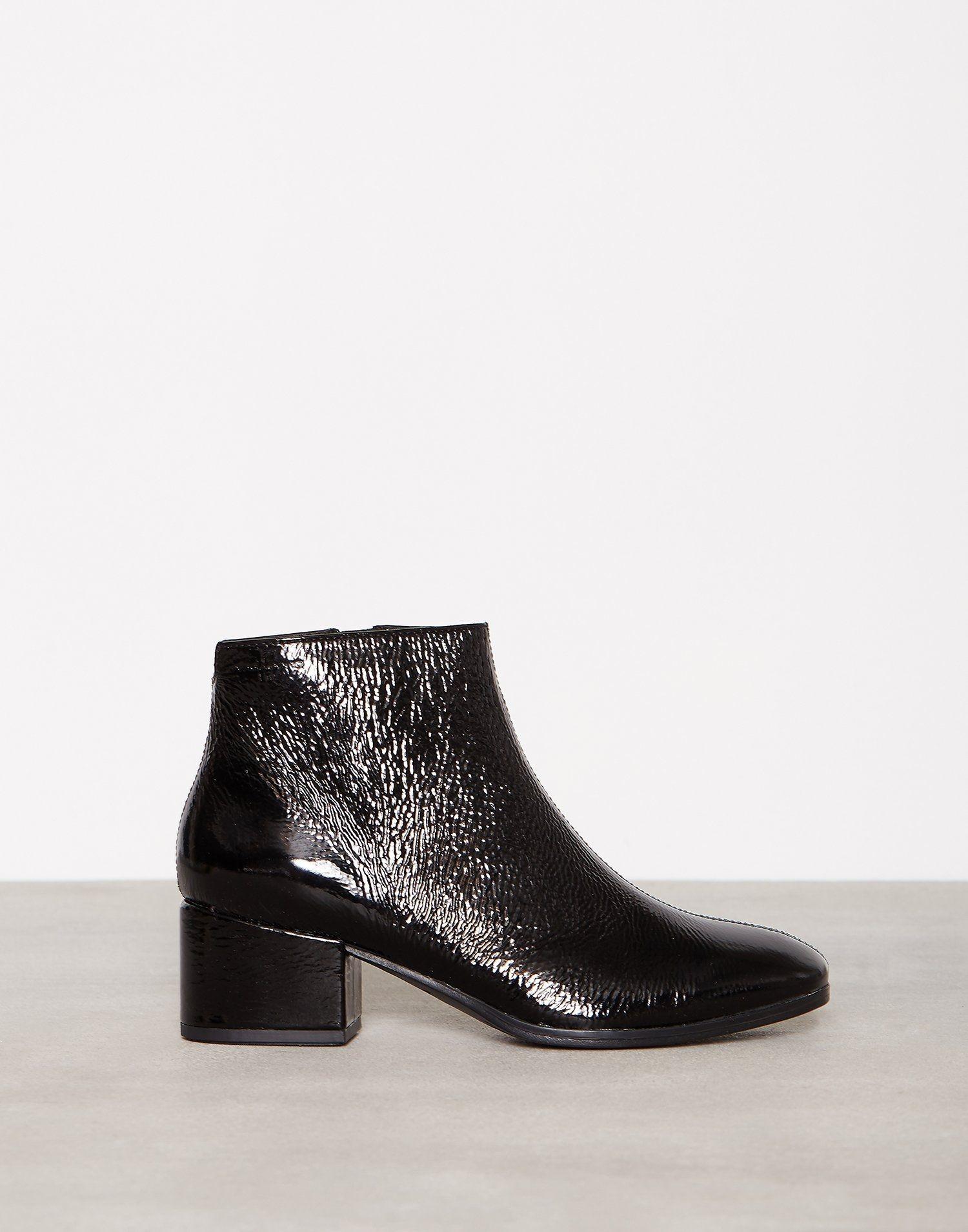 Daisy - Vagabond - Svart - Boots - Sko - Kvinne - Nelly.com  b680ab4e7184c