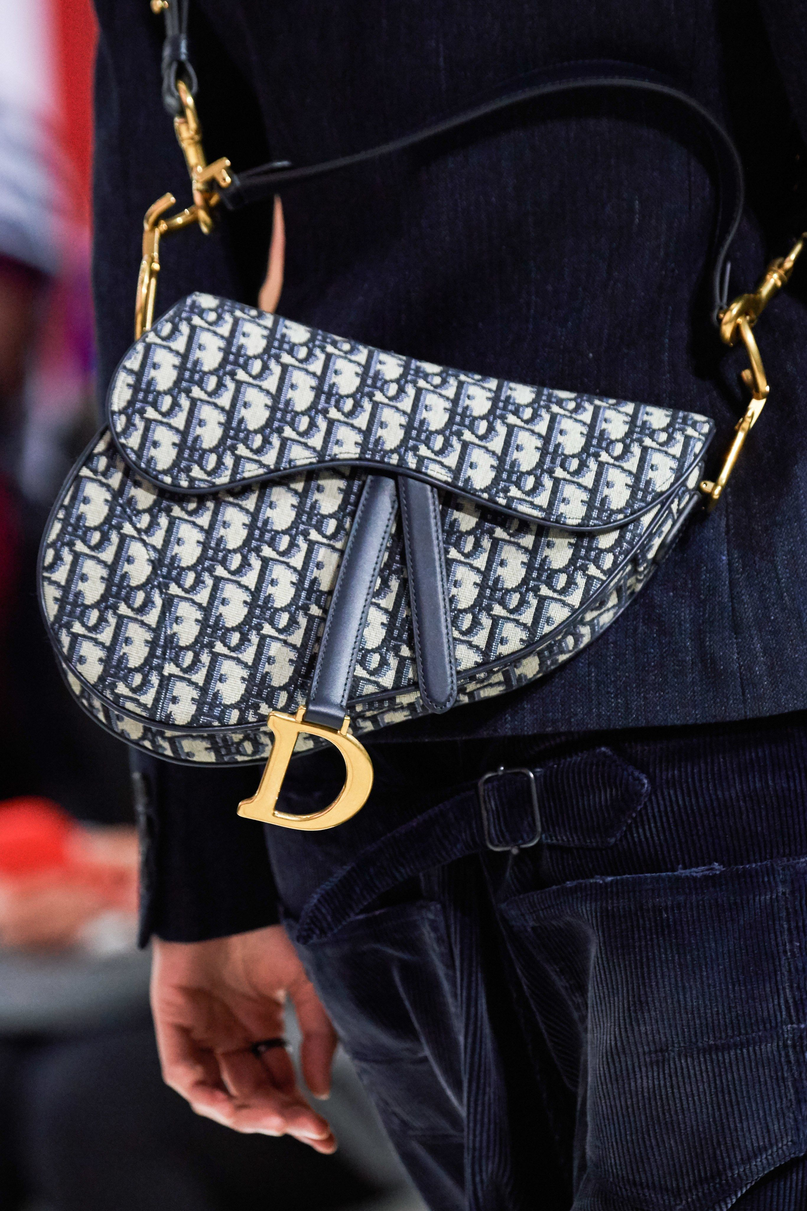 Christian Dior Fall 2019 Ready To Wear Collection Vogue Christian Dior Bags Dior Purses Dior Bag