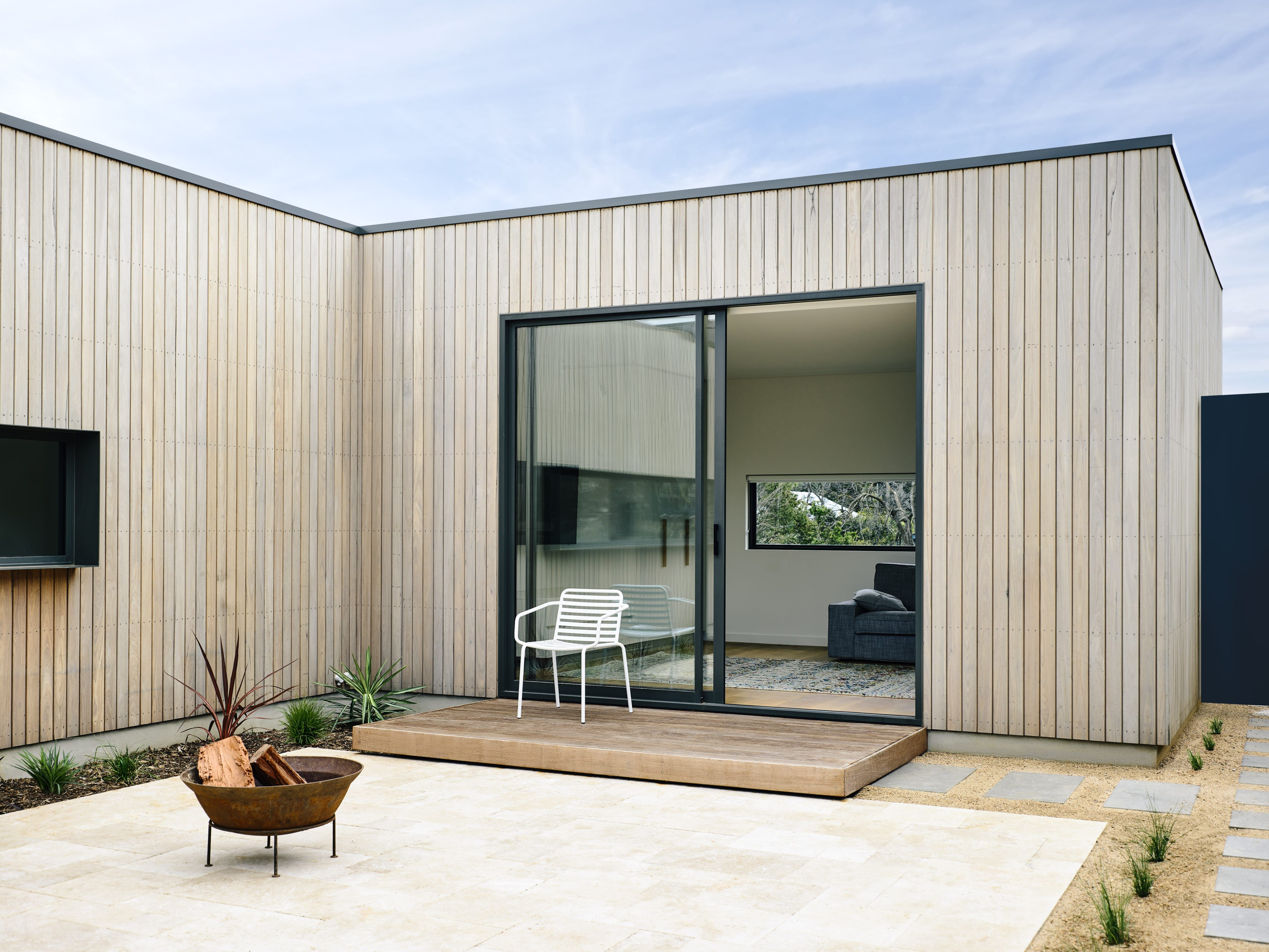 Archive of point lonsdale beach house by inform design photographed by derek swalwell