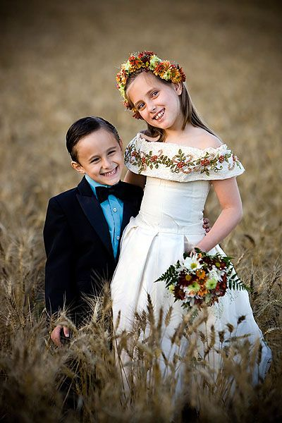 wedding photo ideas and poses bing images bridal gowns rh pinterest com Photography Poses Best Poses for Photo Shoot