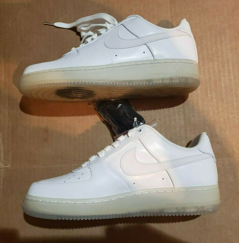 Nike Air Force 1 Low Supreme Sp 09 Size 8 5 White New In Box Nike Basketballshoes Nike Air Force Nike Air Nike