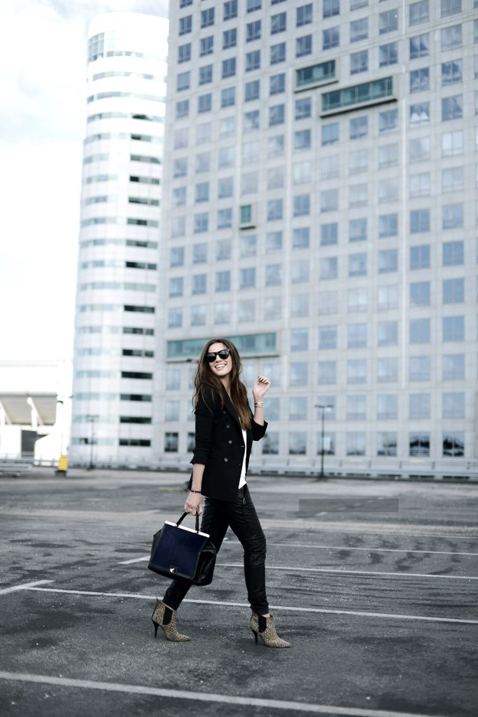 OUTFIT / FURLA - COME OVER TO THE DARK SIDE WE HAVE CANDY