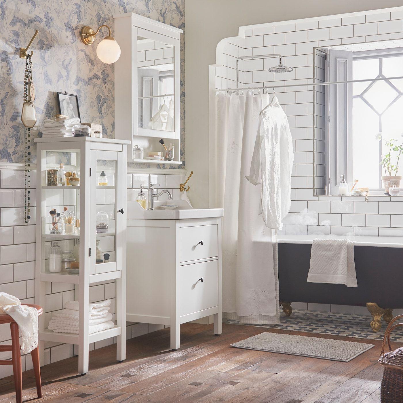 Elegantes Badezimmer in weiß & gold in 2020 (mit Bildern