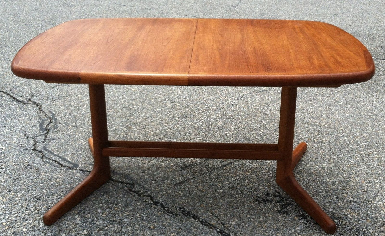 1970s Danish Teak Dining Table By Skovby Dyrlung Offered On Ebay For 1200 Teak Dining Table Dining Table Table