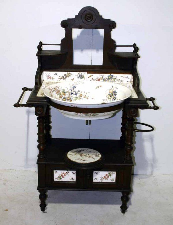 289 English Victorian Wash Stand With Original Tiles Amp On