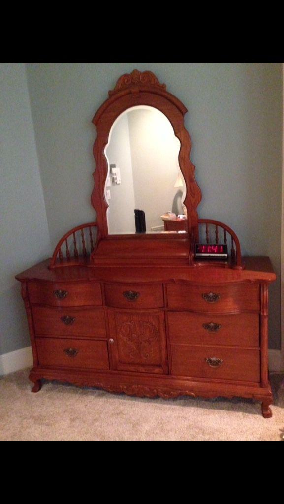 Letgo Lexington Victorian Dresser With In Rockwall