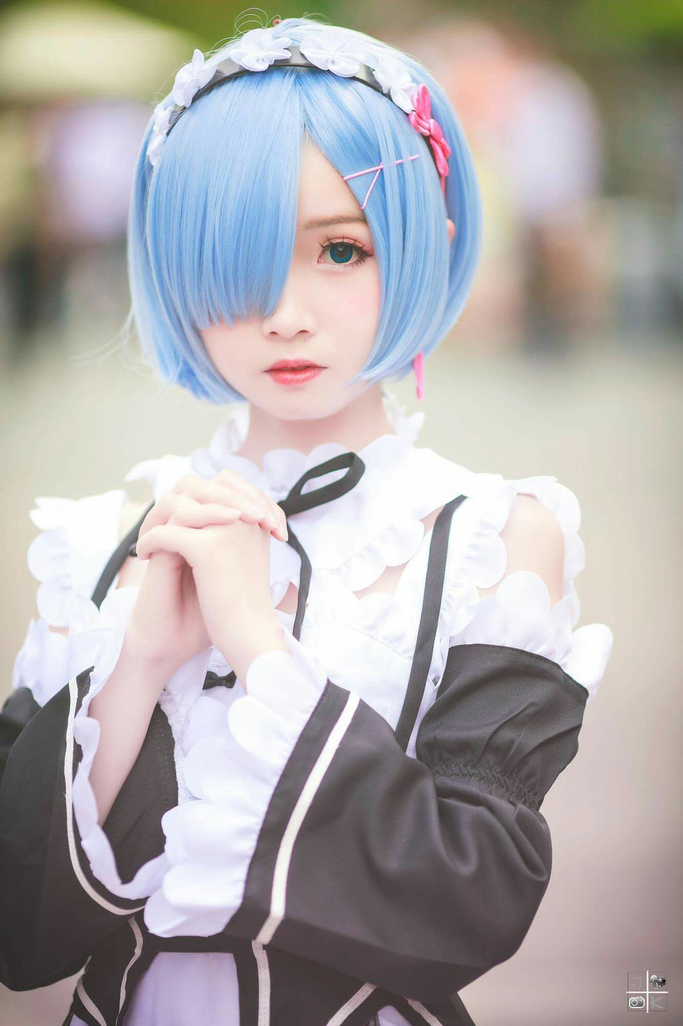 re zero rem cosplay in maid outfit | Cosplay World ...