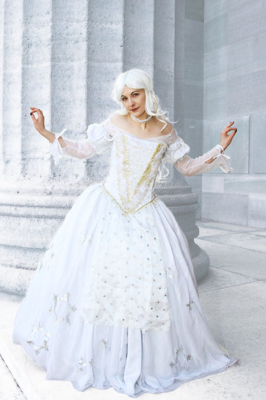 The White Queen: Cosplay, Alice in Wonderland by Cosmic-Empress ...