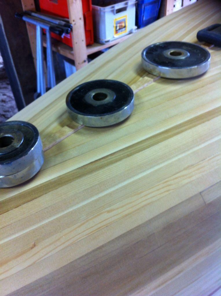 My cedar strip canoe: adding a shallow keel for rigidity