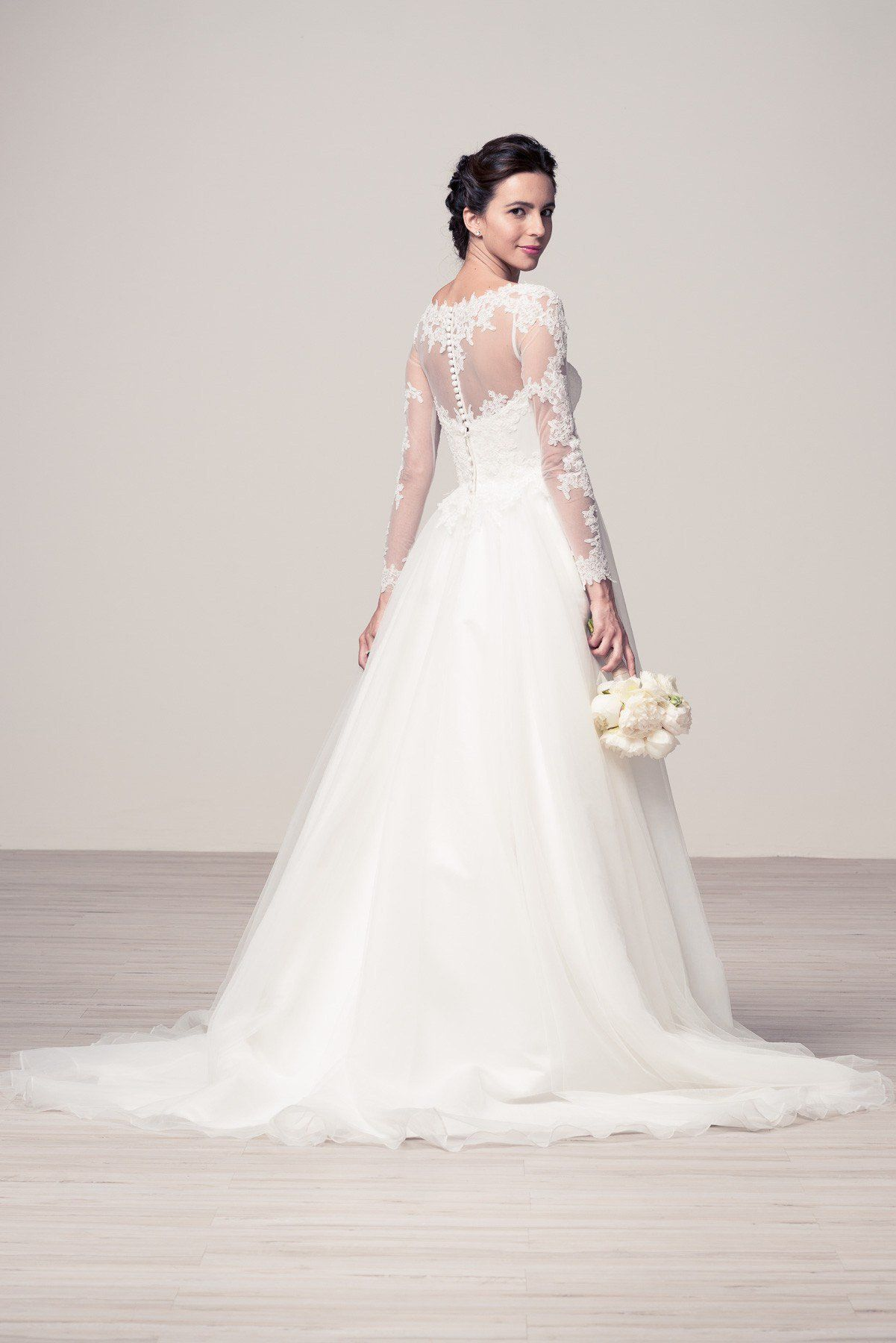 Affordable Lace Wedding Dresses - Best Shapewear for Wedding Dress ...