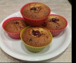 Muffins Mit Kirschen Und Schokostuckchen