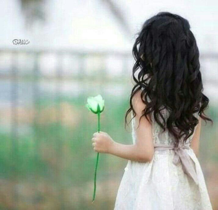 Pin By Ni On بنات كيوت Girl Pictures Flower Girl Dresses Girl Swag