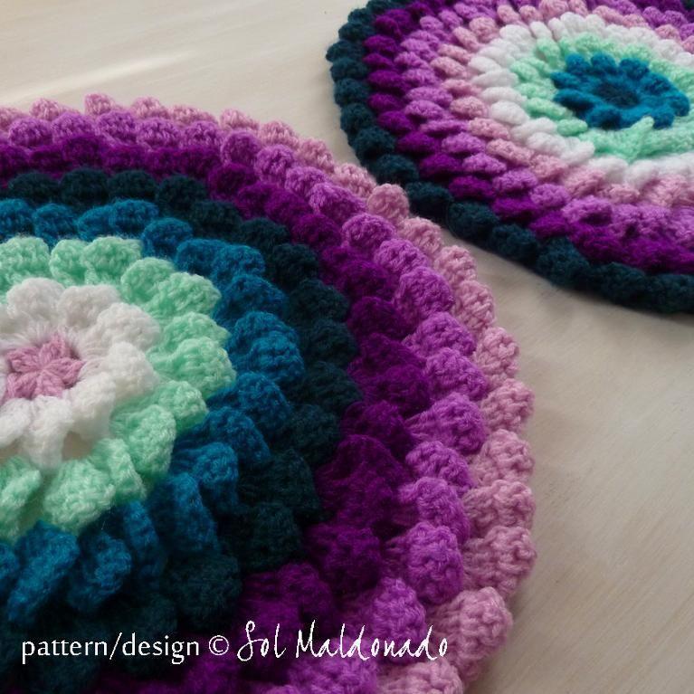Funky Crochet Round Pillow Patterns Embellishment - Blanket Knitting ...