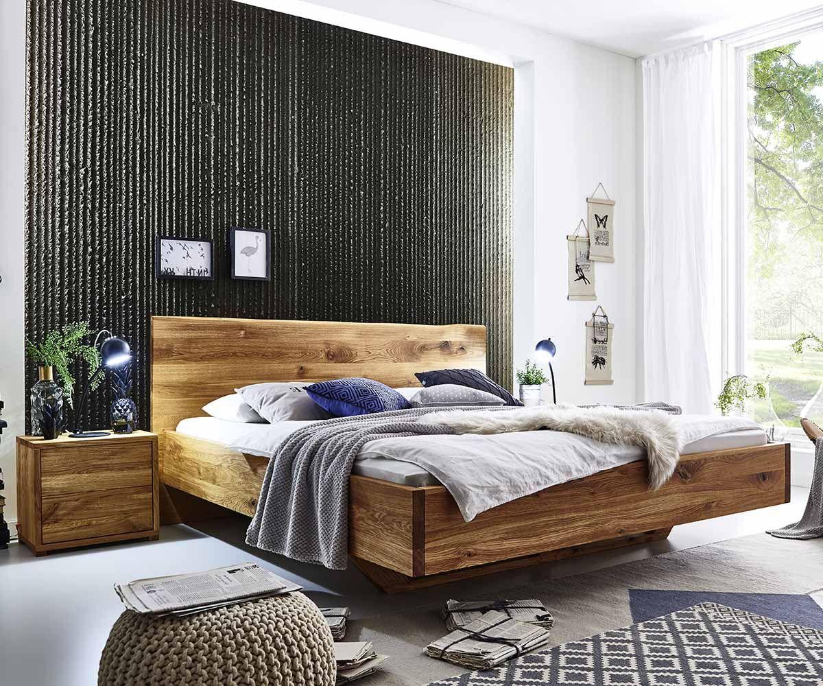 Bett Drevo aus massiver Wildeiche mit natürlicher