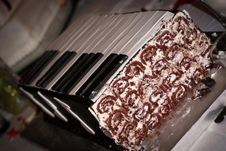 Swiss Roll Grooms Cake Piano Keyboard