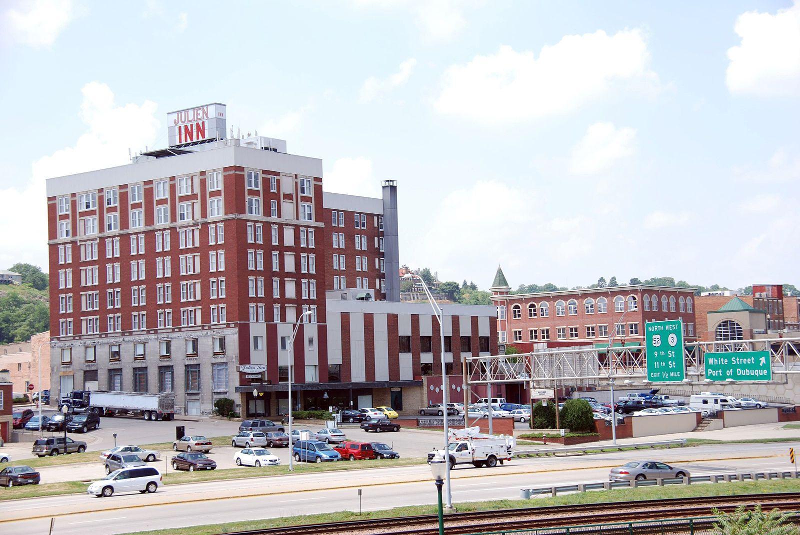 Filehotel julien dubuquejpg dubuque hotel iowa
