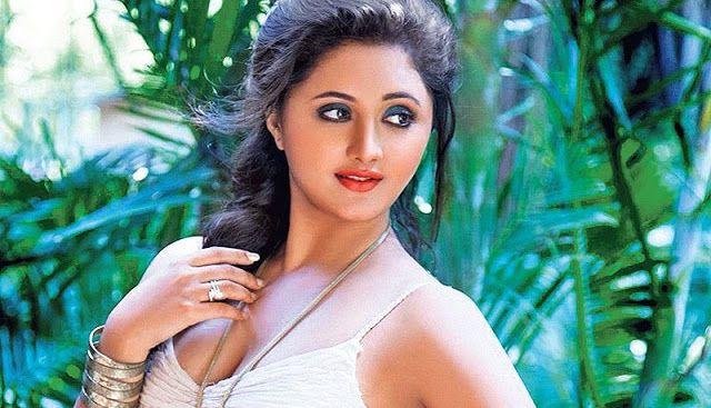 Cute latest bhojpuri actress pic, Charming new bhojpuri
