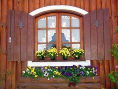 Brazilwonders Monte Verde Minas Gerais Gorgeous Doors Window Box Windows Doors