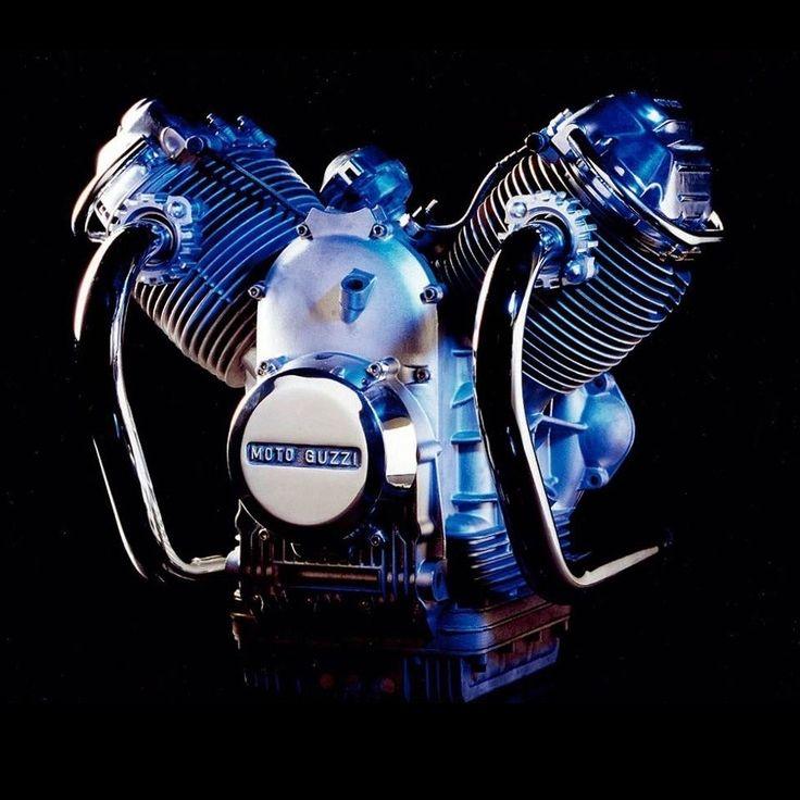 ◆ Visit MACHINE Shop Café ◆ (MOTO GUZZI V-Engine Design)