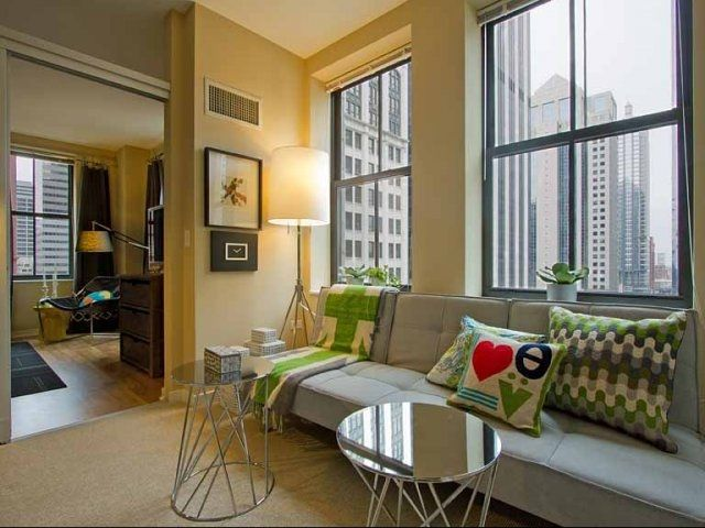 Randolph Tower City Apartments In Chicago For Rent Photos City Apartment Luxury Apartments Luxurious Bedrooms