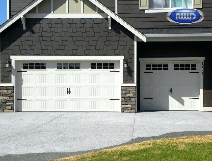 Craftsman Style Garage Doors Craftsman Style Garage Doors Also Barn For Sale Cottage Carriage Craftsman Style Garage Doors Garage Door Styles Best Garage Doors