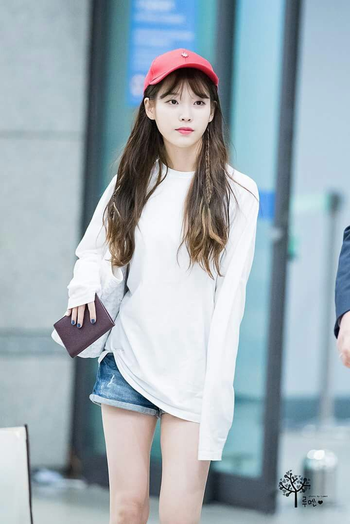 Iu 160821 Incheonairport Iu Pinterest Kpop Idol And