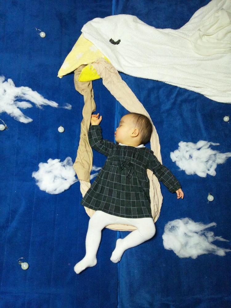 Mami koide mom turns sleeping baby into art photos