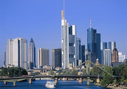 Hiase S Blog Frankfurt S Beautifull Skyline Cool Places To Visit Places To Visit Famous Places