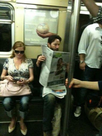 Keanu Reeves sering menggunakan Subway
