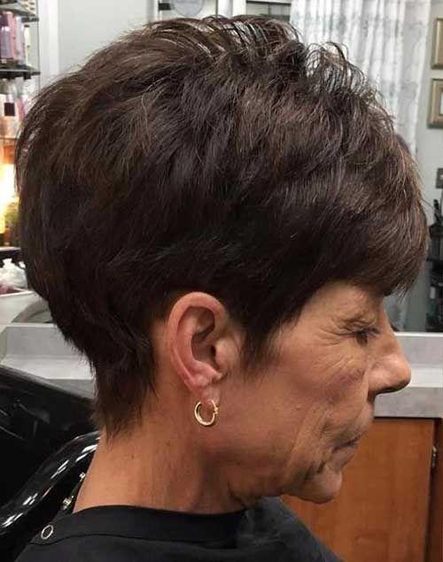 Schon Einfache Und Stilvolle Kurze Haarschnitte Für Ältere Damen