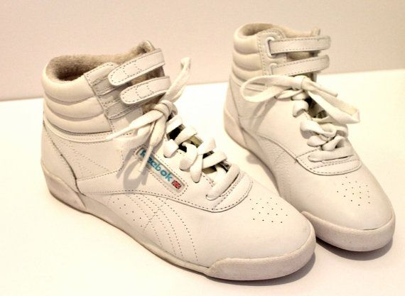 1980'S VINTAGE REEBOK HIGH TOP LEATHER SNEAKERS
