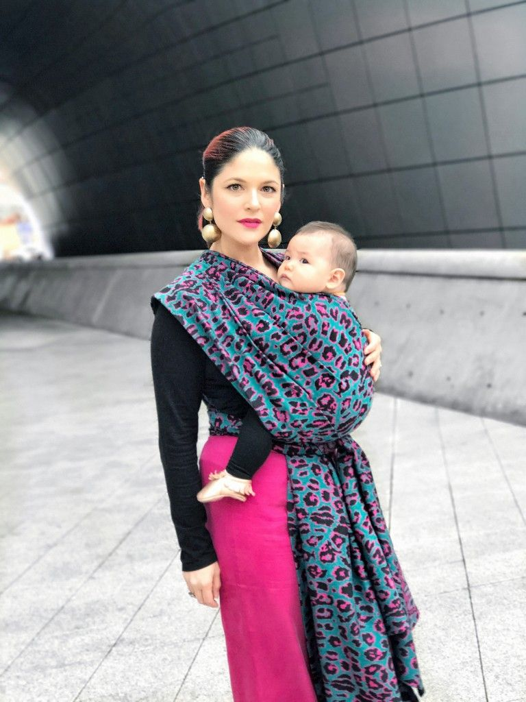 fe412cb80ae STYLE AND INCLUSIVITY IN SEOUL Artipoppe Babywearing Story