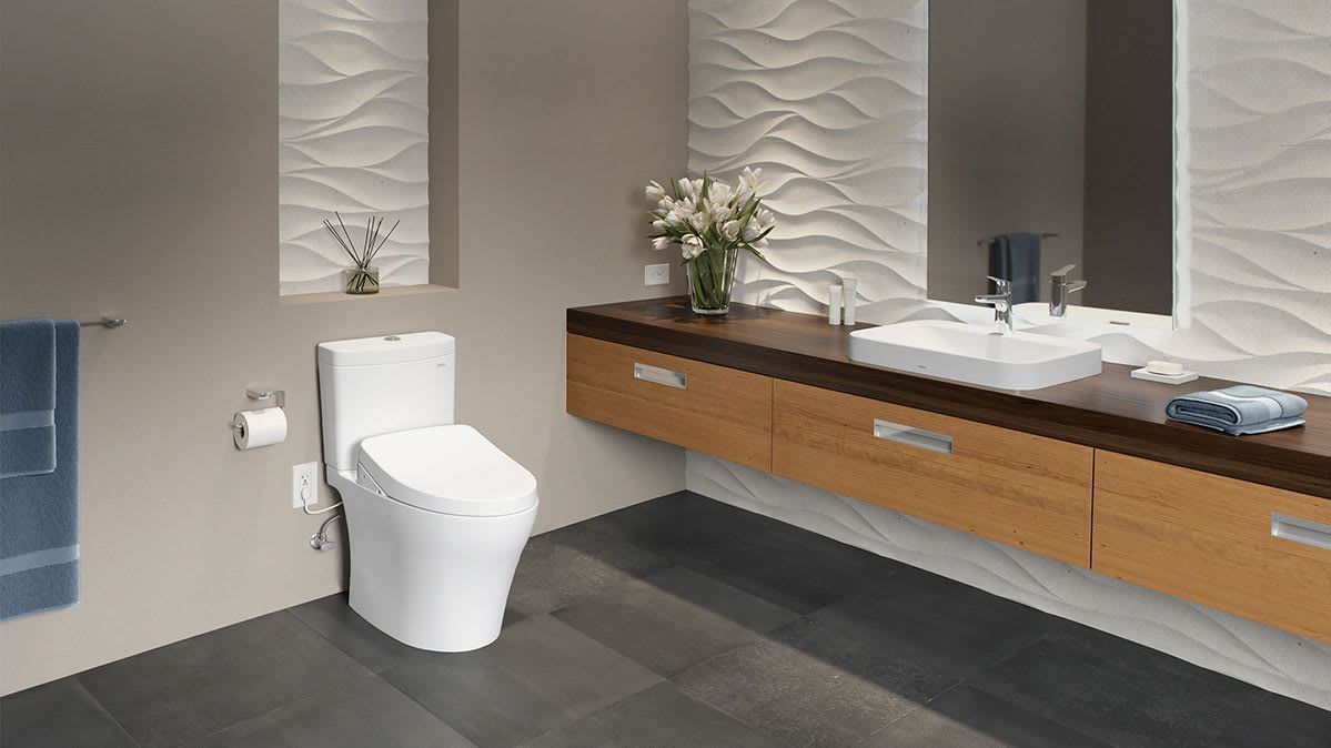 Bidets And Bidet Seats Are Growing In Popularity In The U S Consumer Reports Looks Into Why These Behind Cleansers Are S Diy Bathroom Remodel Toto Toilet