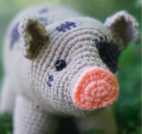 May Amigurumi CAL Mini Pigs Week Two | Pinterest | Amigurumi ...