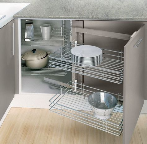Rangement cuisine les 40 meubles de cuisine pleins d 39 astuces - Rangement sous evier cuisine ...