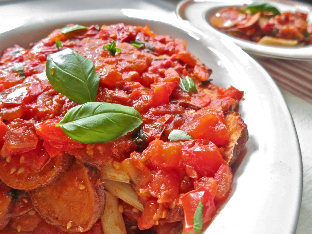 vegan sweet potato and tomato pasta bake: gluten free, dairy free