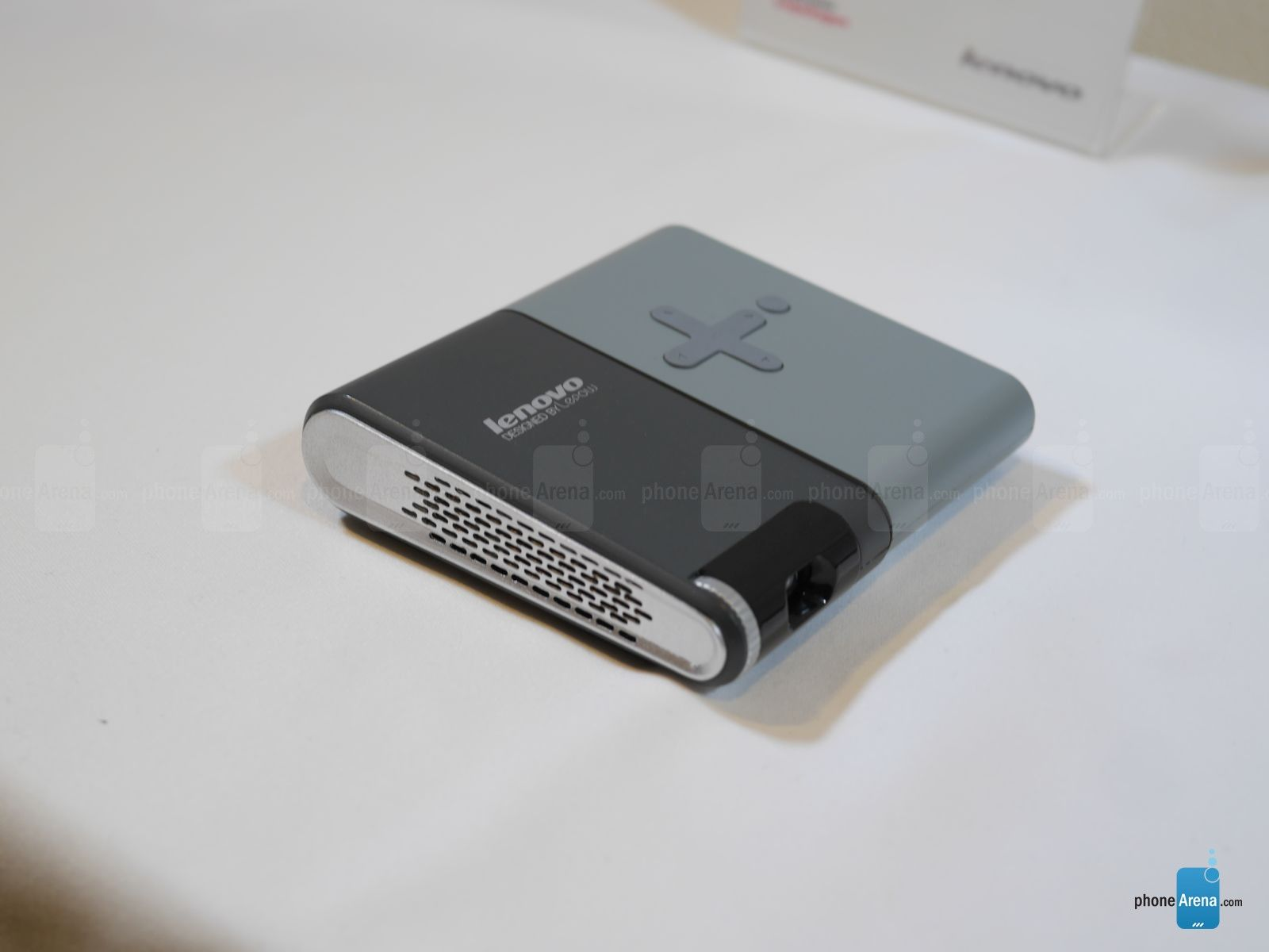 Lenovo Pocket Projector hands-on | PhoneArena reviews