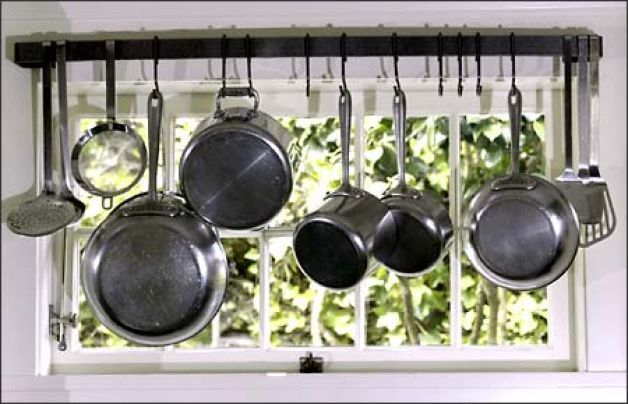 Madrona Boasts Real Homes That Are Easy To Fall In Love With Vintage Kitchen Utensils Kitchen Window Shelves Trendy Kitchen Tile