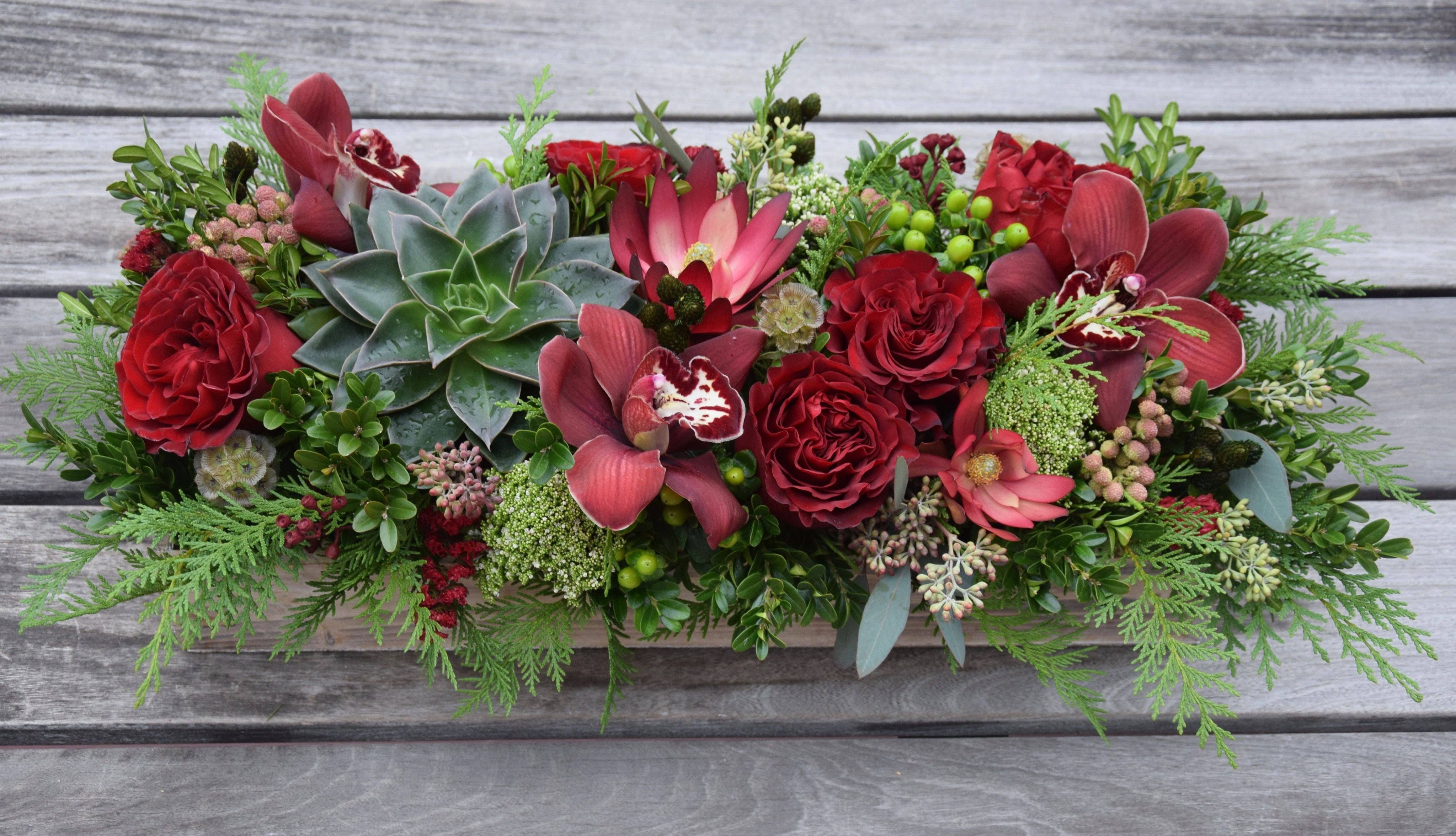 Long And Low Table Centerpiece For Christmas Handcrafted By Fleurelity Christmas Floral Fresh Flowers Arrangements Christmas Table Centerpieces