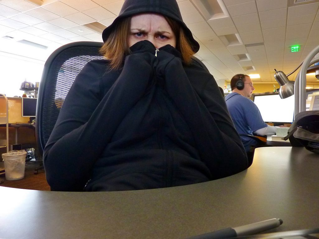 Is there a scientific reason why some of us get colder in the office than others? http://bit.ly/1KuKQJV