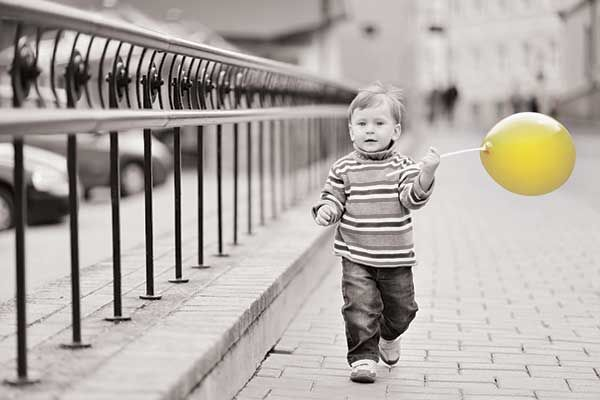 Images For Black And White Photography With Color Balloons
