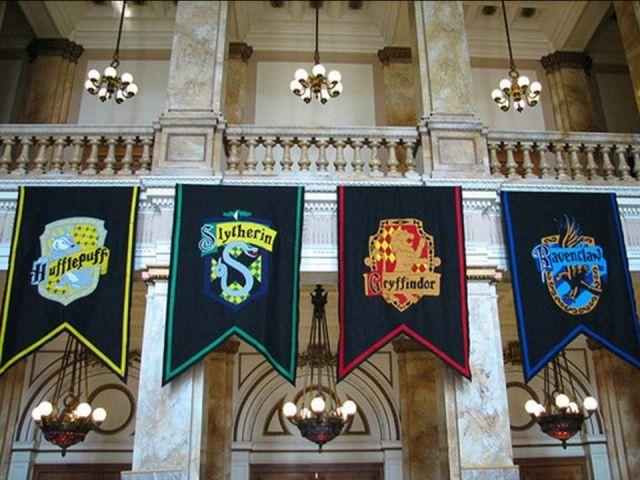 HP - Hogwarts Symbol